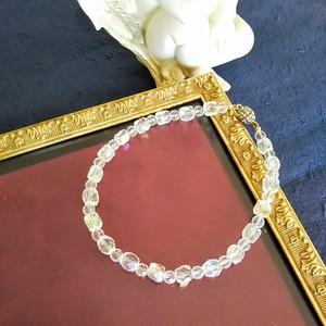 ジャパンヴィンテージのガラスビーズと水晶のネックレス