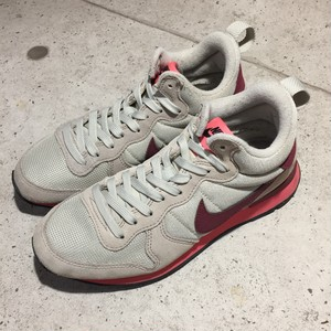 NIKE INTERNATIONALIST MID スニーカー size:24cm