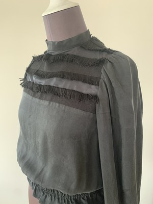 Balkan sleeve tops / Fringe Black