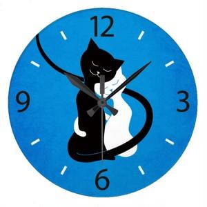 愛の青くかわいく白いおよび黒猫 ラージ壁時計