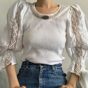 【送料無料】Vintage puffy sleeves Austrian blouse (オーストリア アンティーク古着 ブラウス)