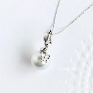 白蝶パール × K10WG の ちょうちょ ペンダント