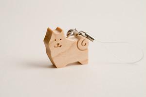 木のストラップ・柴犬