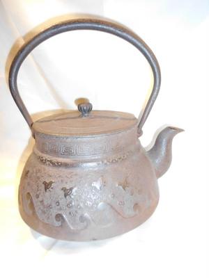 波千鳥図鉄瓶 iron kettle