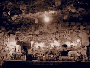 BAR ARAKU|新宿|新宿ゴールデン街の外国人向けBAR