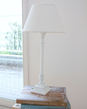 Albena アルべナ ホワイトランプ