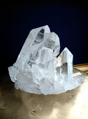 虹入り水晶クラスター   原石 ブラジルトマスゴンサガ産 1点物