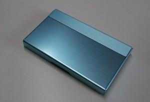 アルミニウム製名刺カード入れ ライトブルー色