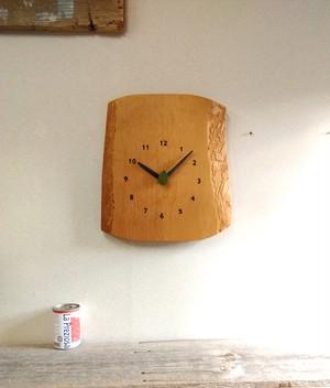 マツ 大きな森の掛け時計