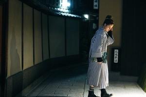 """【受注生産】NOWHAW × BNBT """"japonica"""" GOWN - 白地 × 紺ストライプ"""