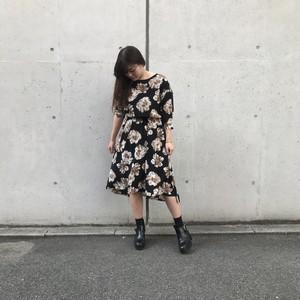 anana/花柄ワンピース