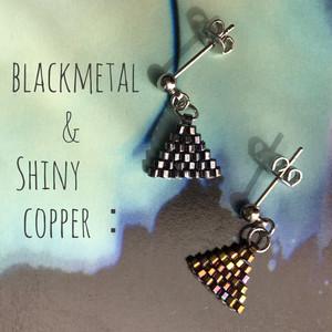 【iro-asobi】blackmetal & shiny copper triangle:pierce & earring