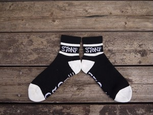 STONP×SUCKS SOCKS