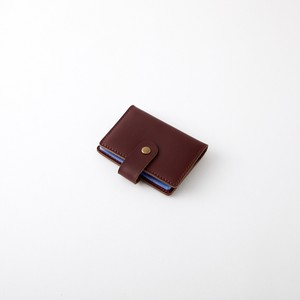 送料無料【カード収納ケース】合皮 レザー 革 革製/カードケース 手帳型 持ち運び 24枚収納 名刺入れ アンティーク