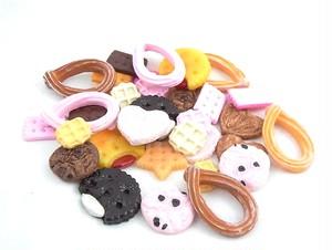 焼き菓子パーツ ワッフル・クッキー&ビスケット 17種類各2個 34個セット SA-P709