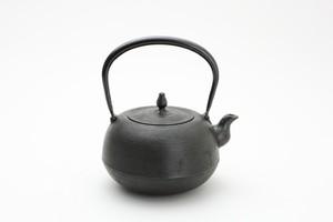 鉄瓶 丸南部糸目 黒 1.4L 佐藤勝芳