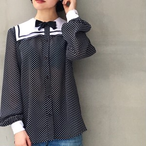 80's Polka dot sailor collar blouse
