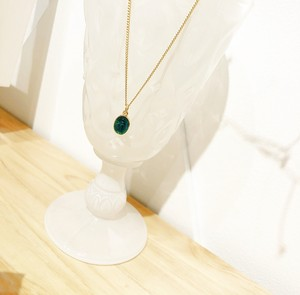 MedaiNecklace (Emerald Small)