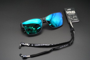 MONDO Black Matte x Green Mirror Polarized(オーバーグラス)2 WAYSストラップ付・vidgov0004