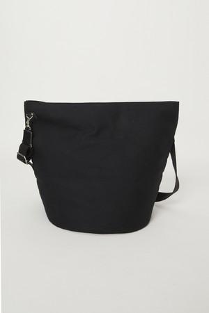 【ALMOSTBLACK】WOVEN BIG WATER SHOLDER BAG