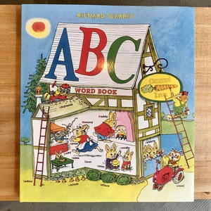 洋書「Richard Scarry's ABC Word Book」