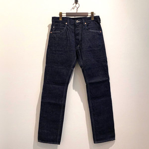 REGULAR TIGHT STRAIGHT PANTS  <DENIM> (INDIGO) / GERUGA
