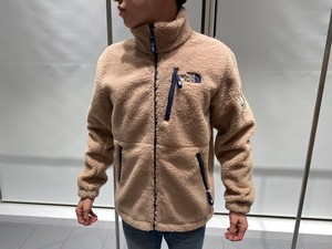 【海外買付アイテム】THE NORTH FACE FLEECE JACKET (beige)