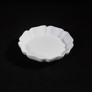 輪花八弁小鉢