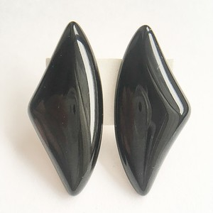 black design earring[e-825]