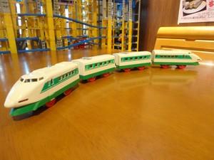 200系新幹線4両編成