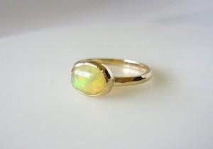 エチオピアンオパールのK14の指輪