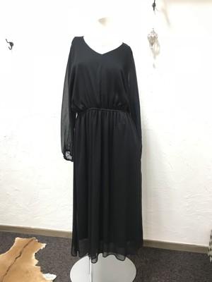 シフォンワンピース(ブラック)☆クロッシェ