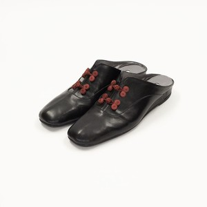 Room Shoes -Black × Red-