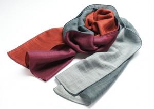 郡内織物「富士桜工房」男女兼用ウール&シルクの二重ガーゼ構造「やすらぎ えりまき」シルバー×グレー×ダークレッド×パープル