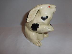 薩摩兎 Satsuma pottery Rabit have been re-turned from U.K.