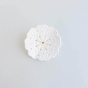 Lace Brooch   #LCB011