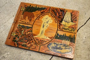 USED  Yellowstone national park wooden file vintage 40s G0275