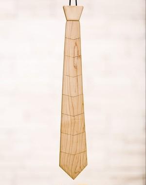 木のネクタイ