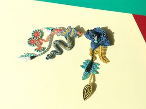 ARRO / 刺繍 ブローチ / GARDEN / denim blue