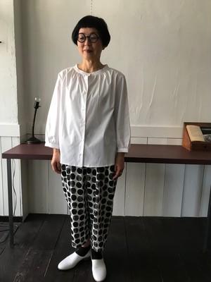 31.サルエルパンツ(生成 黒水玉)