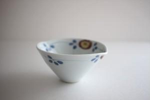清水なお子|色絵変形花唐草小鉢