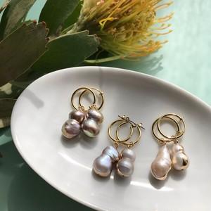 Baroque pink pearl pierce / earring