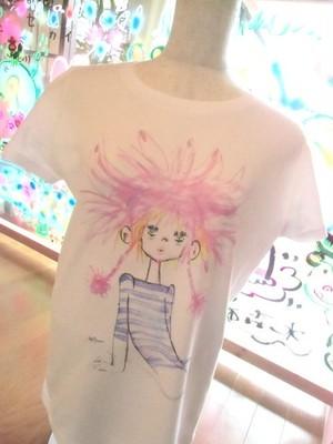 「ダーダネラ」Uネック半袖Tシャツ
