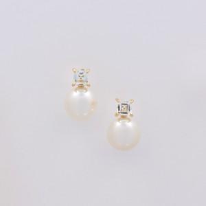 ELEMENTS / Pierced Earrings (White)