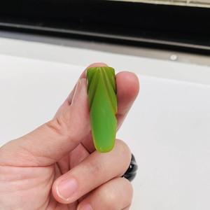 BAKELITE Green ベークライト スモール・ドレスクリップ