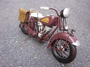 送料無料 男ならグッとくる ブリキのインテリア ブラウンバイク