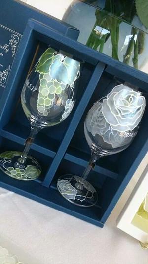 【葡萄or薔薇バラローズ】ワイングラス1個|母の日・父の日・両親贈呈品・結婚祝い・新居祝い・結婚記念日ギフト
