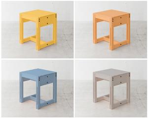 ワークショップ!「日本の木」からつくられた家具 KIKIKI を 「日本の色」で塗ってみよう !