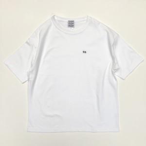 余白 刺繍Tシャツ(余白多め)