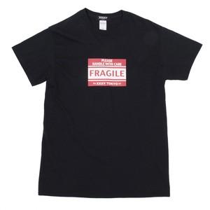FRAGILE Tシャツ